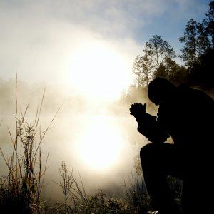 The Sweet Fellowship of Battlefield Prayer